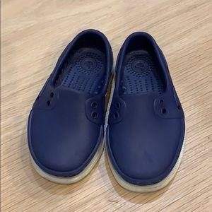 Native Navy Boat Shoes (boys - size 5)